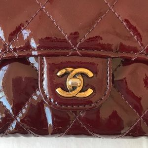 CHANEL Bags - 💯 AUTHENTIC Chanel wallet
